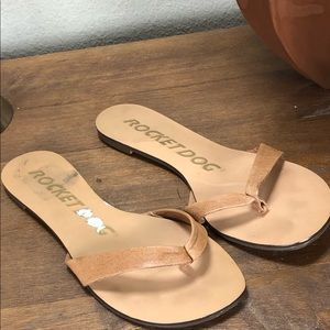 Rock Dog Tan Leather Flat Thong Sandals